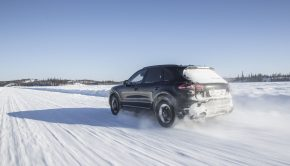 Porsche torque control in the snow