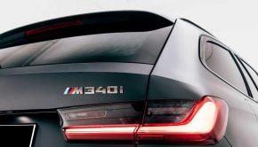 BMW M340i xDrive badge
