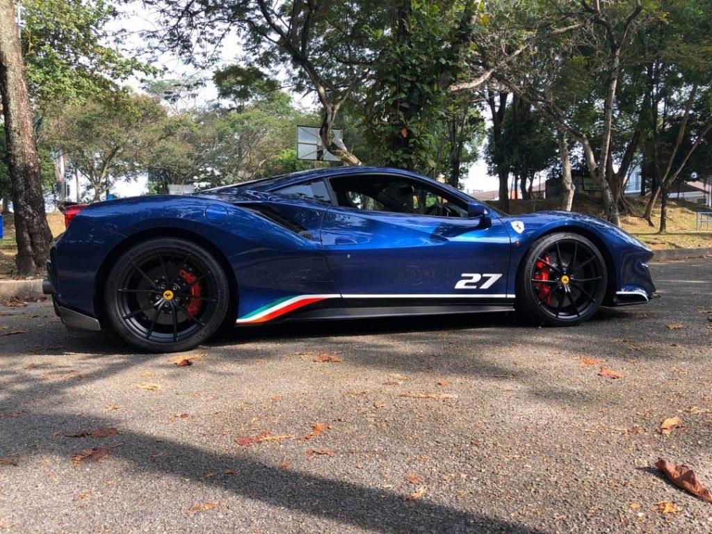Ferrari Pista Piloti Blue